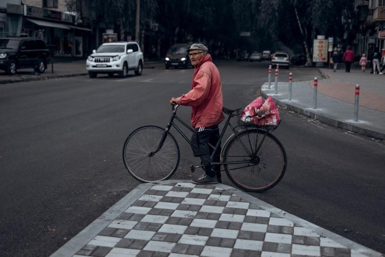 Pole auf dem Fahrrad